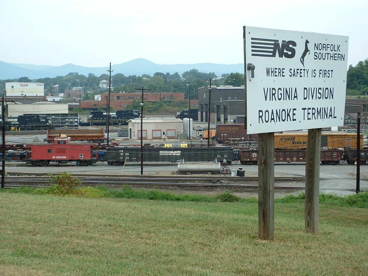 Roanoke VA Railfan Guide - Westside
